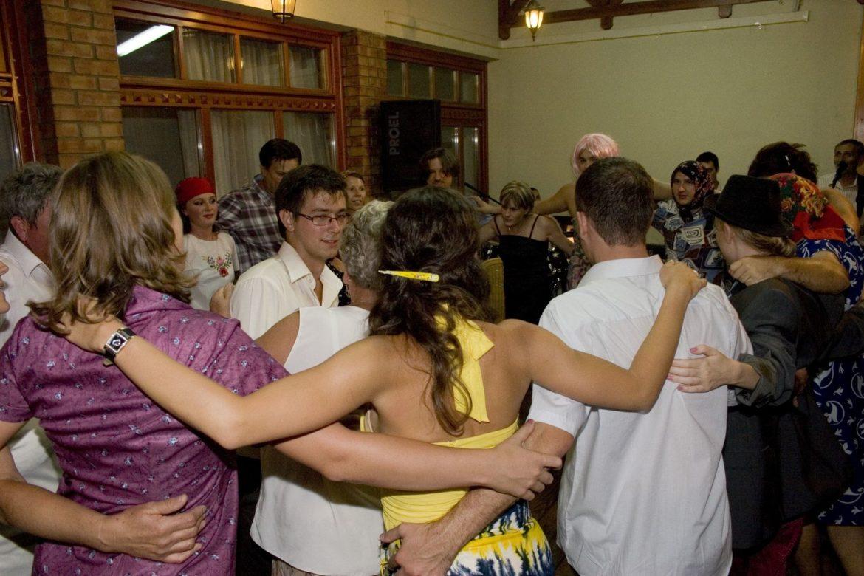Hogyan csinálunk jó hangulatot az esküvőn?